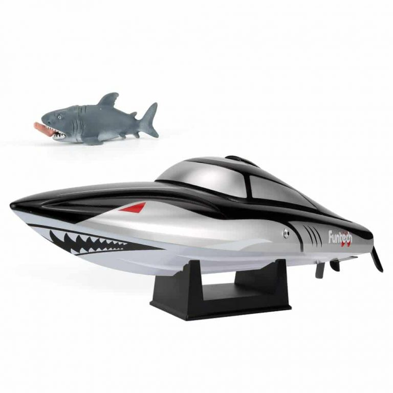 rc-shark-boat-for-kids-fast.jpg